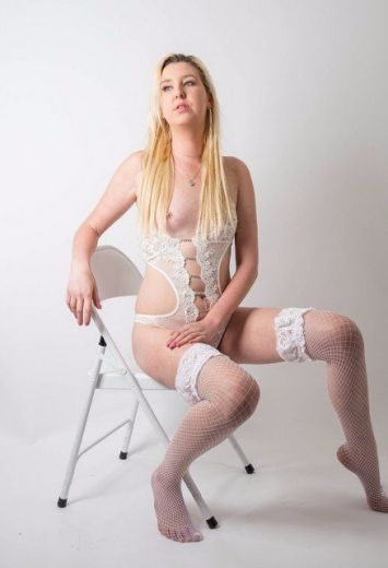 Hot slim blonde Anya